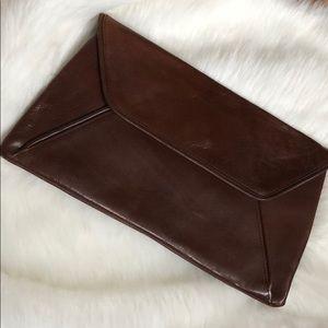 NWT VTG leather clutch